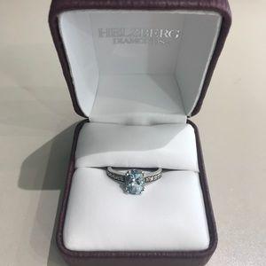 Jewelry - 10KW Aquamarine & diamond ring